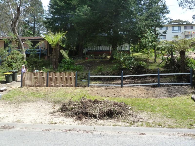 Piccolo White Picket Fence (24)