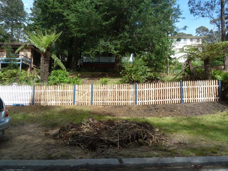 Piccolo White Picket Fence (33)